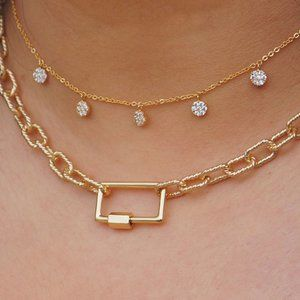 Jewelry - Twisted Textured Chain with Carabiner Lock